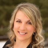 headshot of Heather Jackowell, provider in our MN clinic