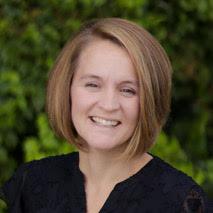 headshot of Julieanna Bowen