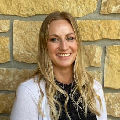 headshot of Beth Filzen
